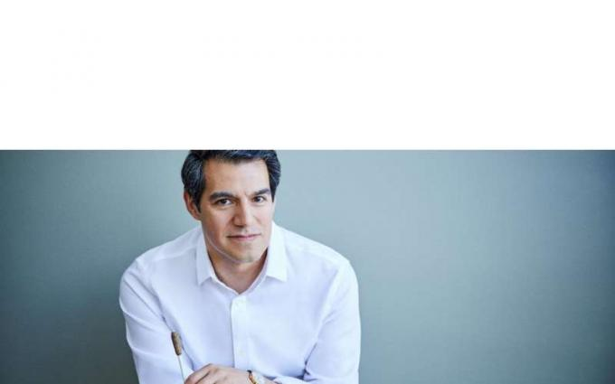 The Philadelphia Orchestra: Miguel Harth-Bedoya - South American Sounds at Saratoga Performing Arts Center